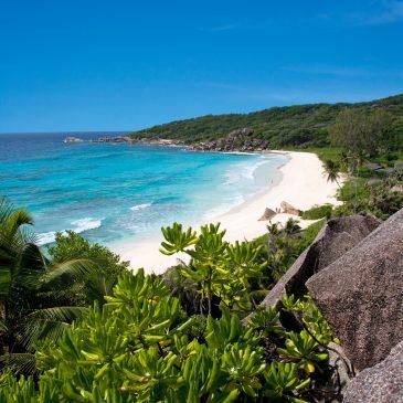 Die Seychellen ideales Ziel für Familienreisen auf Mahe Praslin La Digue Silhouette, Denis Private Island 20 Jahre Expertise alizee-reisen