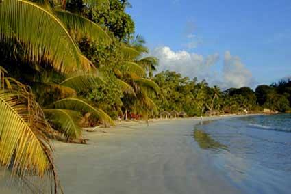 Flitterwochen im Les Lauriers-Hotel auf Praslin, Seychellen