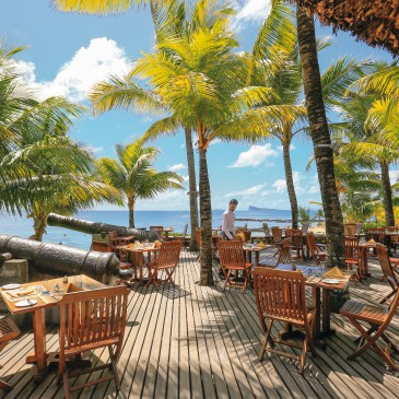 Flitterwochen im 4* Le Canonnier – Beachcomber Hotel